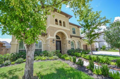 Take Adrianna Path to Spectacular Sienna Plantation Home