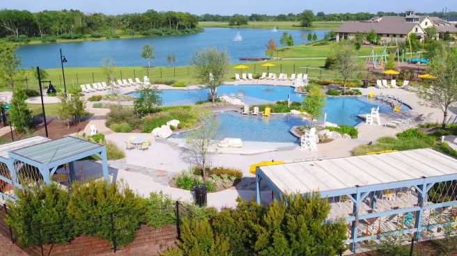 Sawmill Lake Club Pool